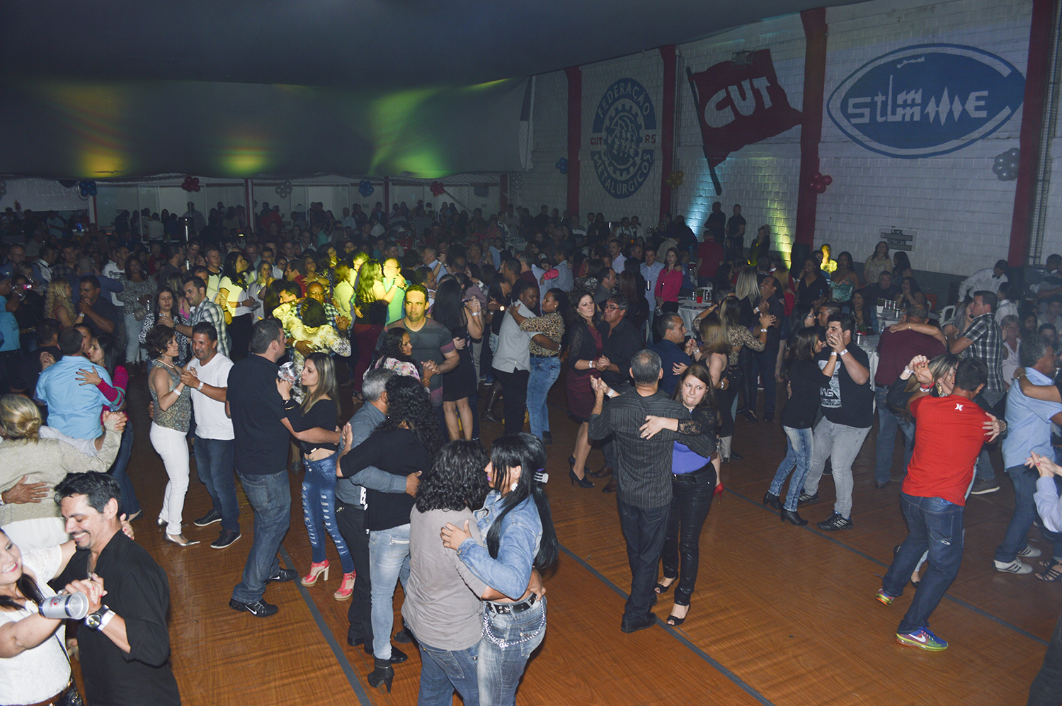Baile do Chopp – 55 anos STIMMMEC